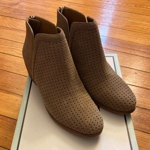 Susina Leather Booties